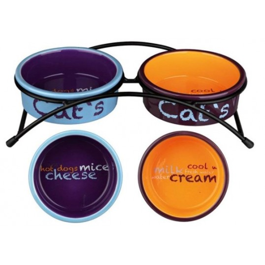 Eat-on-feet skålesæt i keramik.Lyseblå, orange og lilla. 2 x 0,3 L. 12 cm.