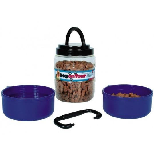 Rejsesæt af plastik. Foderbeholder 1,75 L. med 2 blå skåle à 0,65 L.