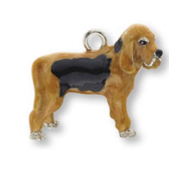 Eksklusiv nøglering med Blodhund. Måler ca. 10,5cm inkl. kæde med charms og selve nøgleringen.