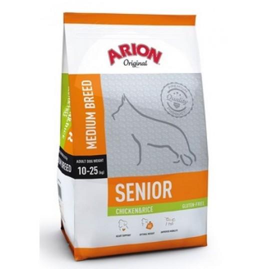 Arion Original Senior Medium Breed hundefoder med Kylling og Ris. Til hunde over 8 år, der vejer mellem 10-25 kg. (Pose á 12 kg)