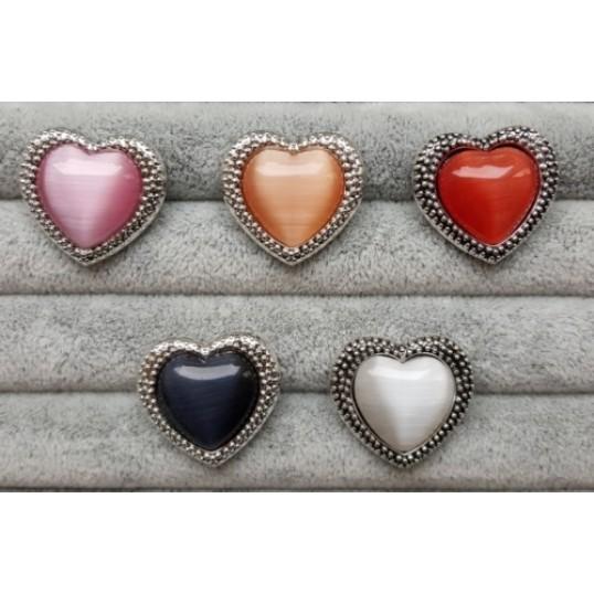 Hjerteformet Snapknap med stor sten i midten 1 stk