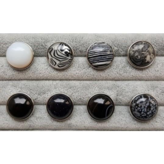 Rund Snapknap med sten i sort/hvide mønstre 1 stk
