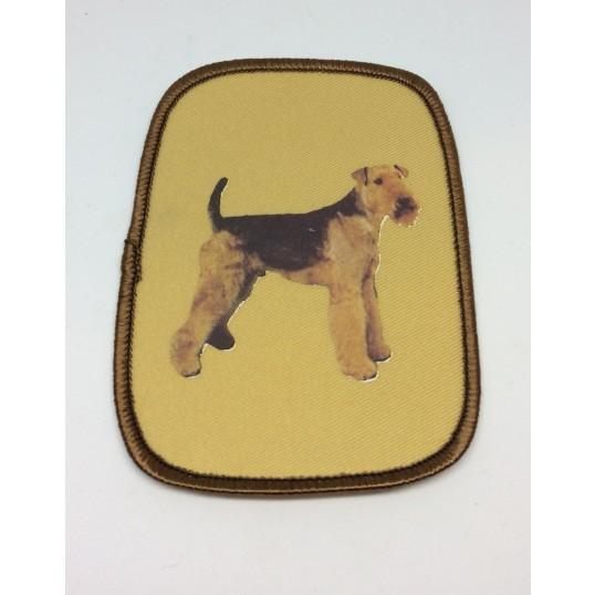 Stofmærke med Airedale Terrier, st.