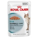 Royal Canin Hairball Care Gravy. Tynde bidder i sovs. Vådfoder. Til voksne katte over 1 år med tildens til hårboller. 12 ps. á 85 g