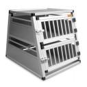 Aluminiums bur Etage. Måler ca. 82 x 57 x 68 cm. Ca. vægt hund 2 x 12-15 kg.
