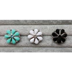 """Blomster-Snapknap med """"diamant"""" 1 stk"""