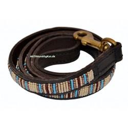 """Blue Nile"" eksklusiv håndlavet hundeline i med håndtag. Med beige, brune og blå perler"